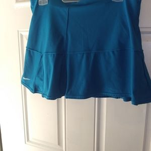 Nike Dri Fit Skirt w/ Shorts Teal Sz M